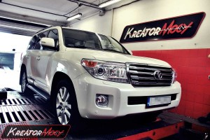 Chip tuning Toyota Land Cruiser V8 J200 4.5 D4D 272 KM